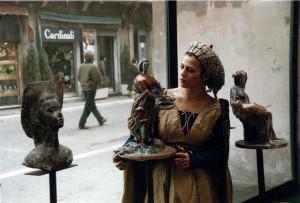 Esposizione di ceramiche presso la Torre Civica di Faenza, 1984.