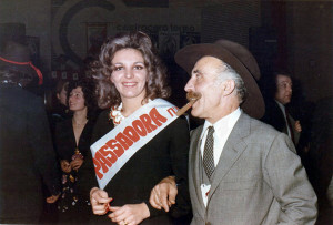 "Miss Passadora e il ""Re Bello"", Forlì, 1972."