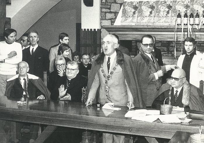 Bertinoro 1971. Friedrich Schurr prima a sinistra seduto